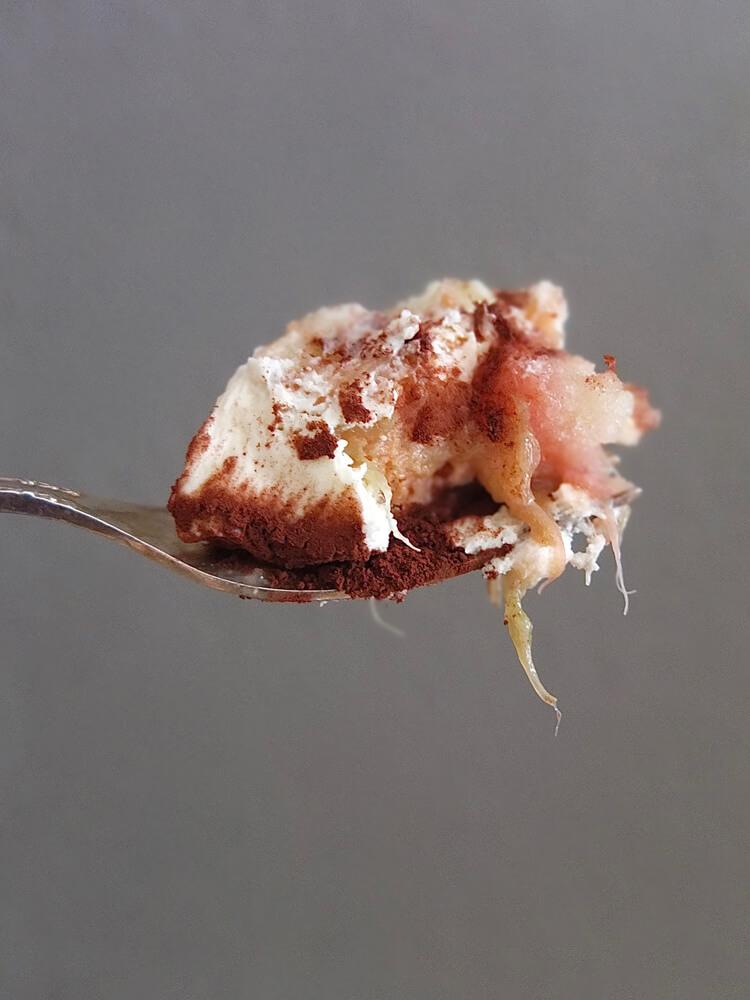 Rhabarber-Tiramisu - La Crema Patisserie Foodblog Backblog