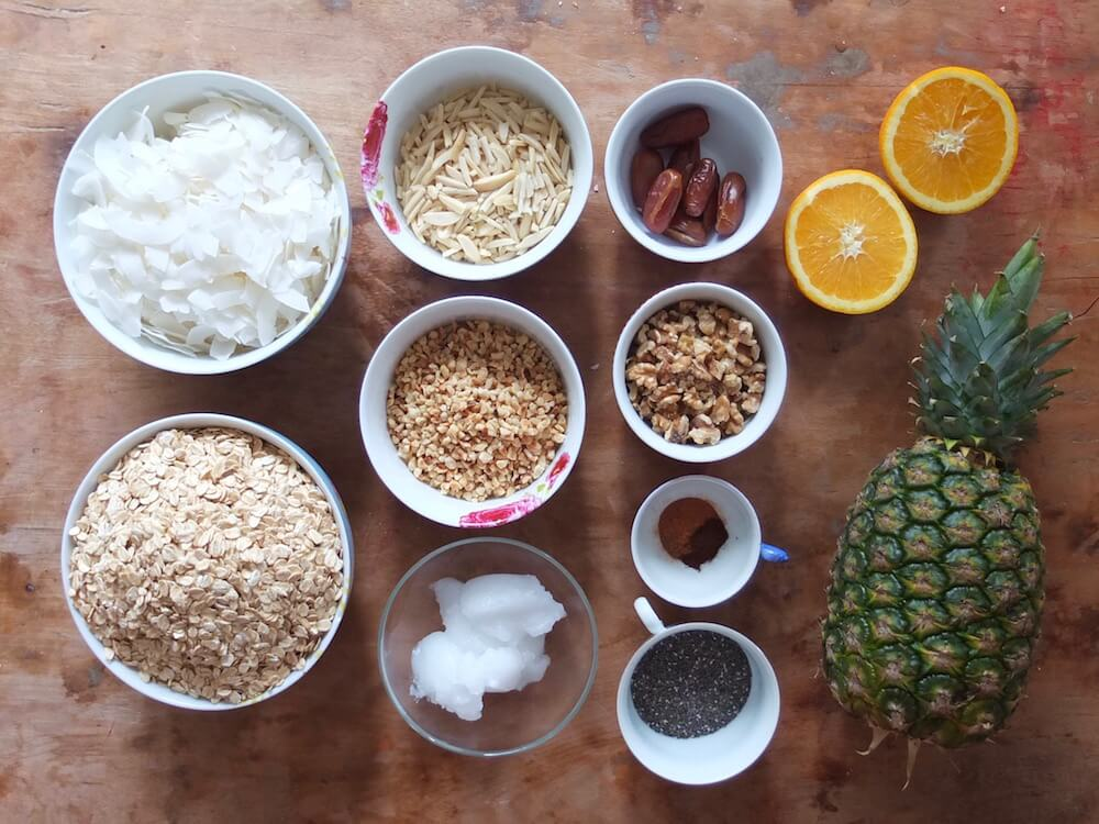 Zutaten Paleo Knuspermüsli (Kokos-Nuss-Granola) - La Crema Patisserie Foodblog Backblog