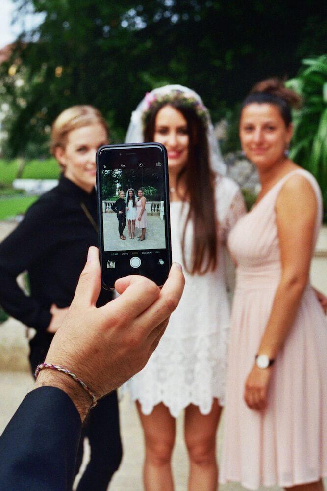 Braut mit Freundinnen - (Hochzeit Idil & Sebastian) - La Crema Patisserie Foodblog Backblog