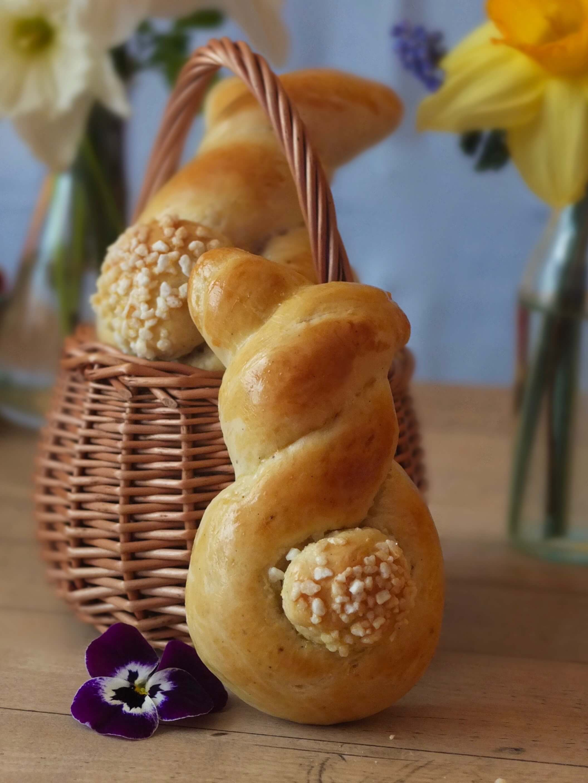 Hefehasen mit Vanille | La Crema Patisserie Food- und Backblog