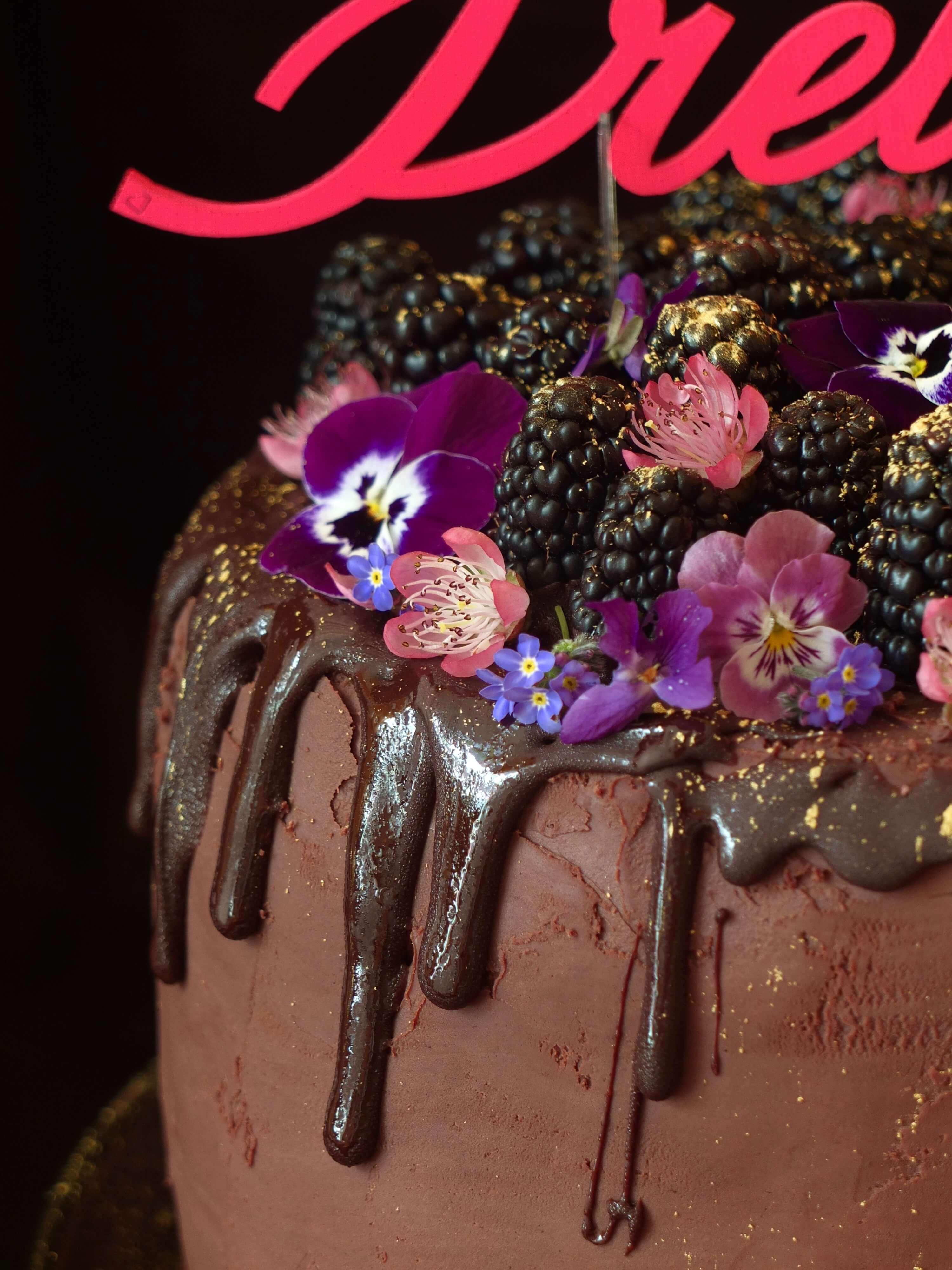 Brombeer-Schoko-Torte_Geburtstags Gewinnspiel_La Crema Patisserie Food- und Backblog