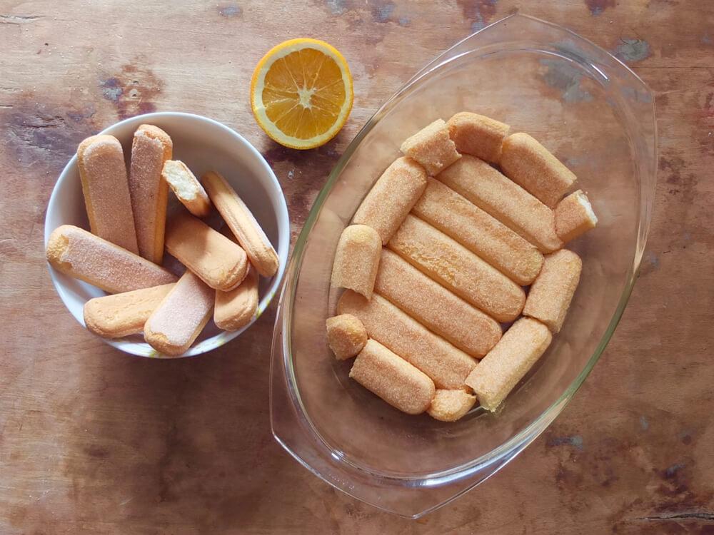 Zubereitung Rhabarber-Tiramisu - La Crema Patisserie Foodblog Backblog