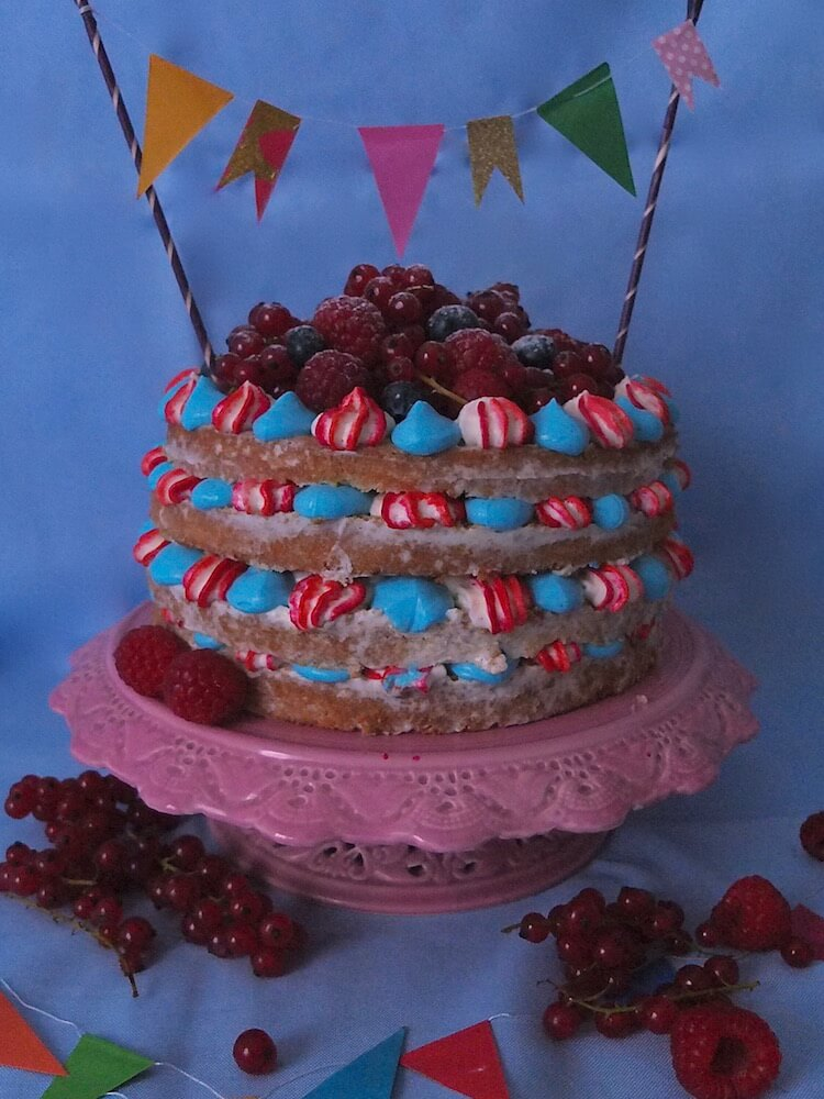 Himbeer-Mascarpone-Törtchen - La Crema Patisserie Foodblog Backblog