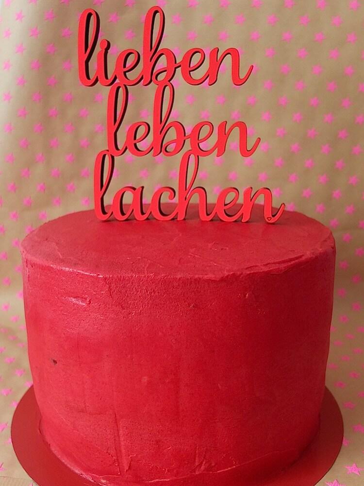 Vor der Dekoration: Erdbeer-Basilikum-Torte - La Crema Patisserie Foodblog Backblog