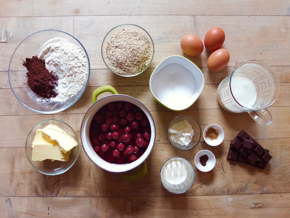 Zutaten Schwarzwälder Kirschwaffeln - La Crema Patisserie Foodblog Backblog
