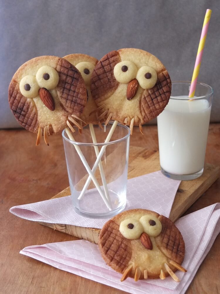 Eulenkekse am Stiel | Owl Cookie Pops - La Crema Patisserie Fooblog Backblog