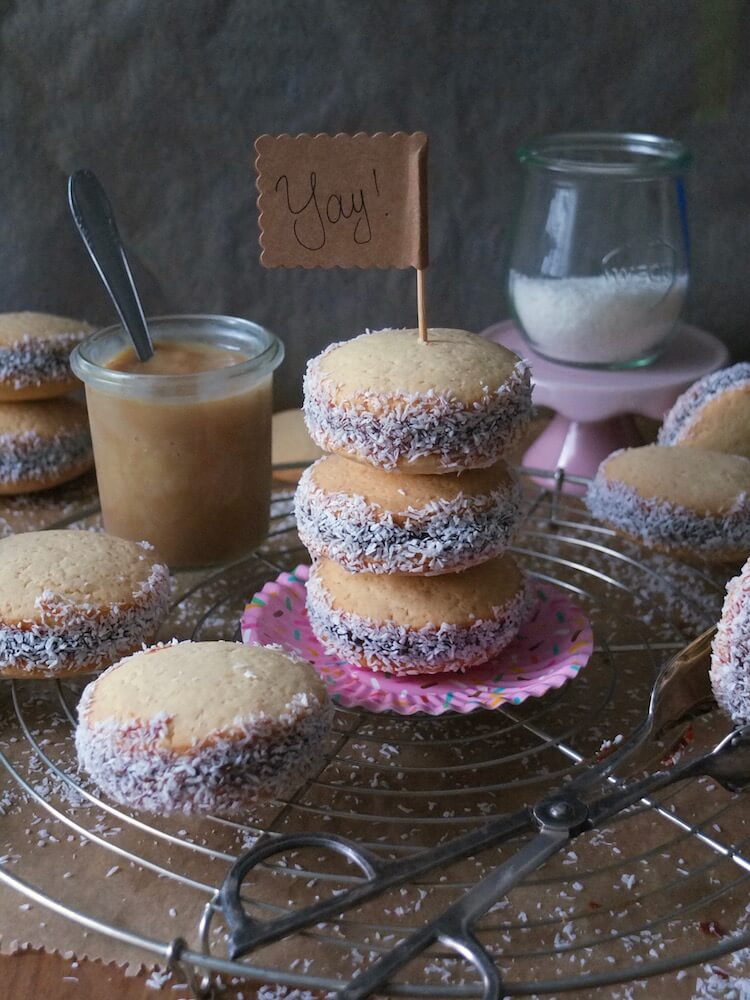 Alfajores   Plätzchen aus Südamerika - La Crema Patisserie Food- und Backblog