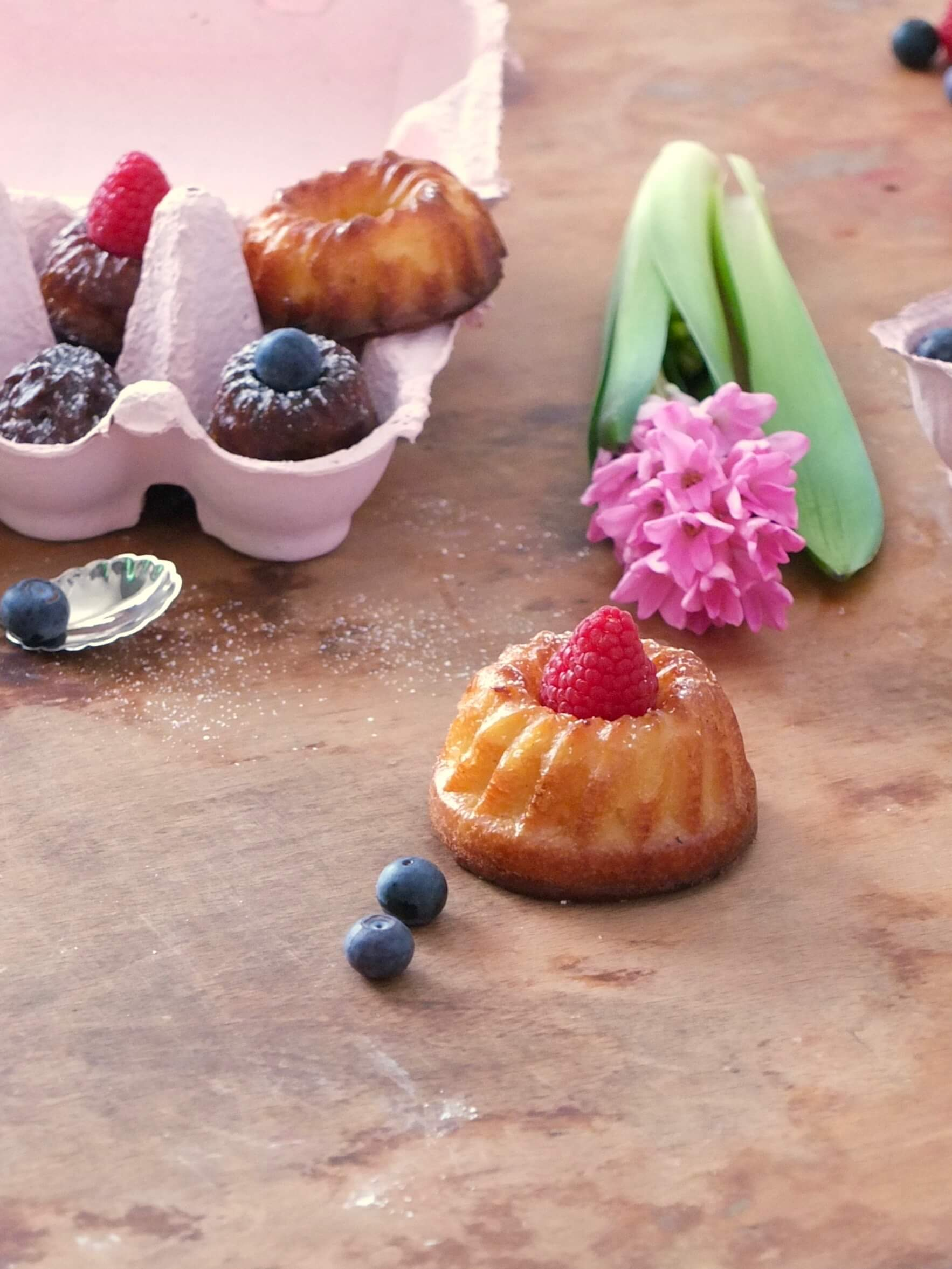 Französische Cannelés | Mini Gugelhupf | La Crema Patisserie Food- und Backblog