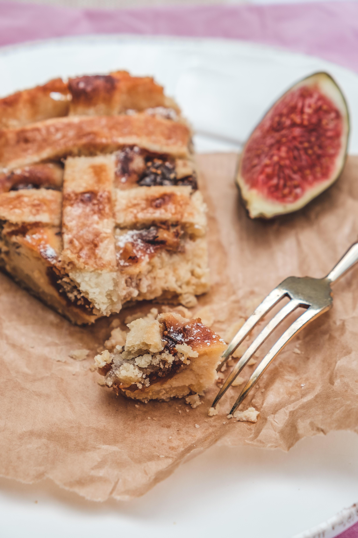 Feigen Crostata mit Ricotta und Walnüssen | Rezept