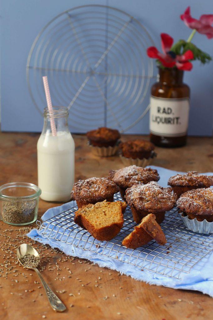 ein oster rezept f r m hren muffins mit anisstreuseln. Black Bedroom Furniture Sets. Home Design Ideas