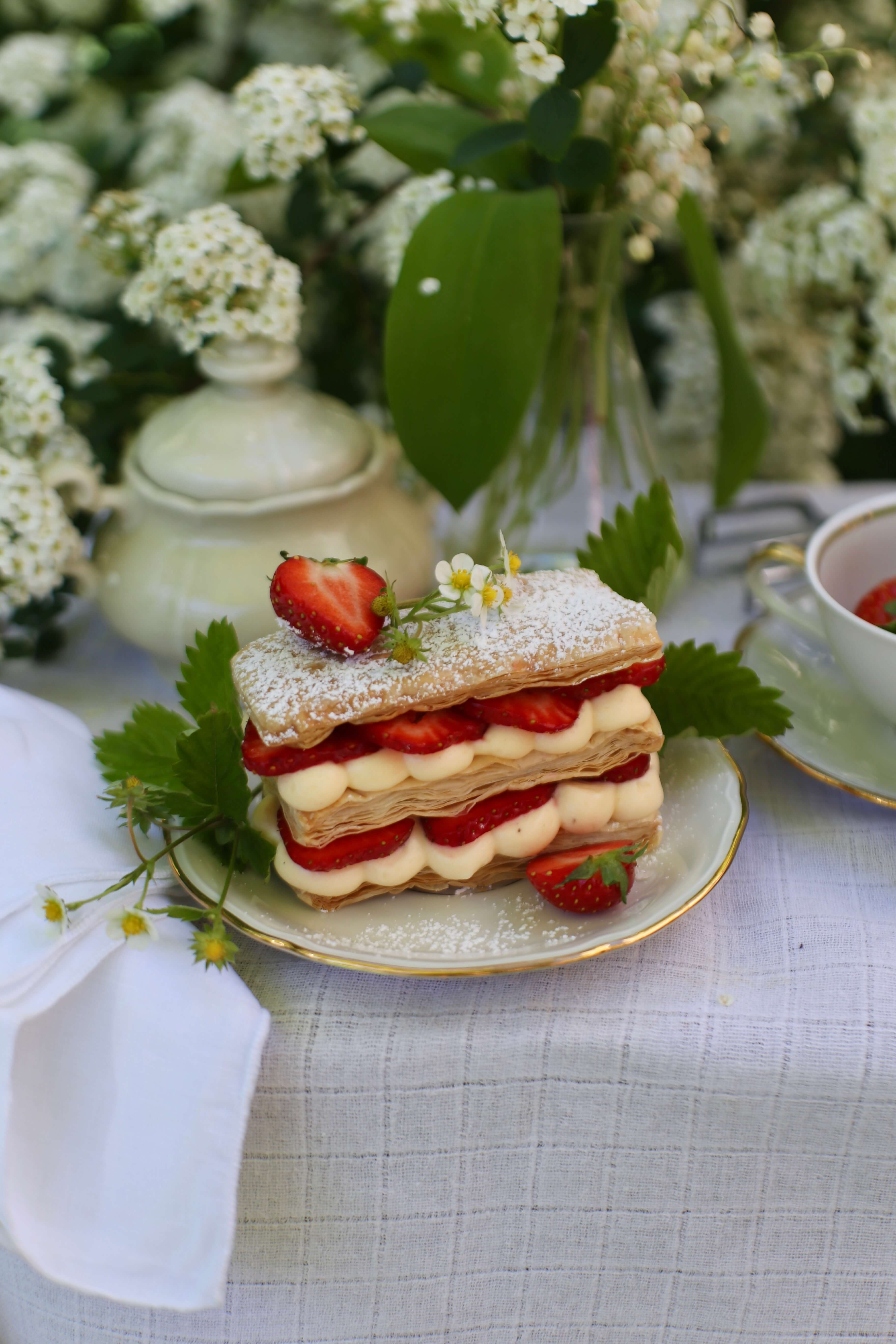 Ein Rezept für schnelle Mille Feuilles mit Erdbeeren
