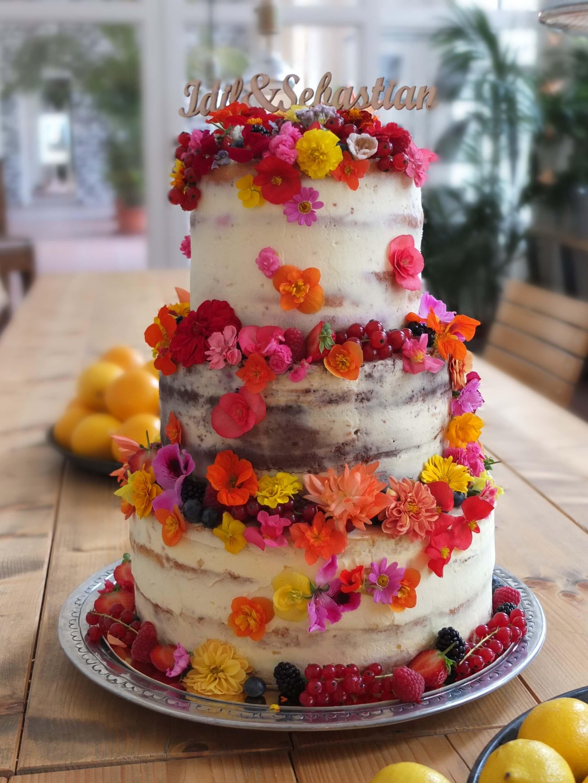 Hochzeitstorte selber machen | So geht's – 5 Schritte zum selbst gebackenen Tortentraum