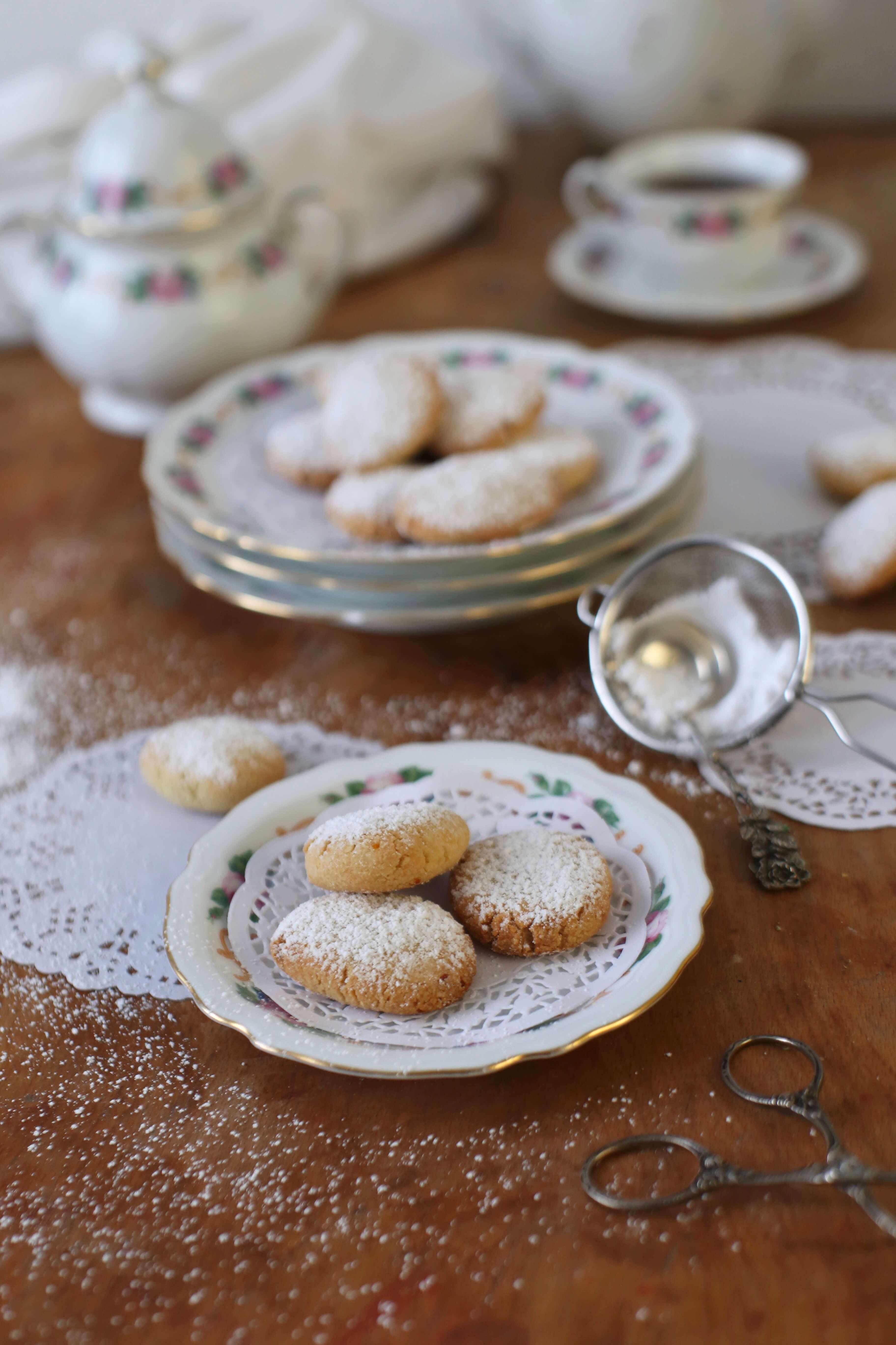 Ricciarelli di Siena | köstliche italienische Mandelkekse | Rezept