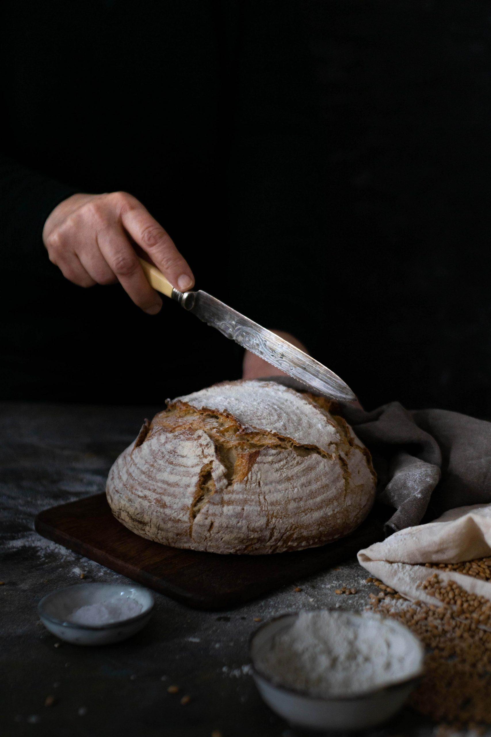 Weizenbrot mit Sauerteig | im Topf gebacken | Rezept