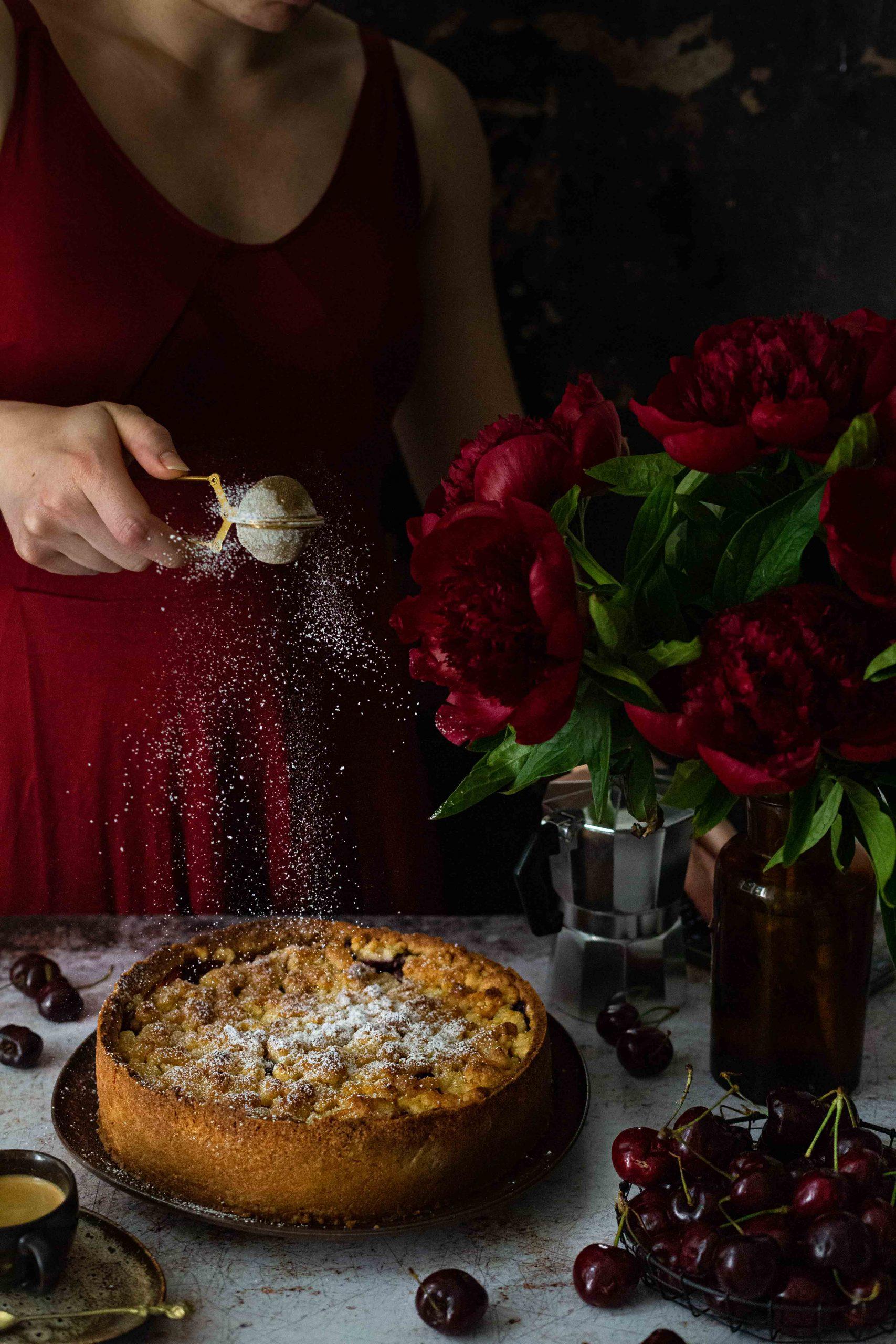 Kirschstreuselkuchen mit Marzipan | Rezept
